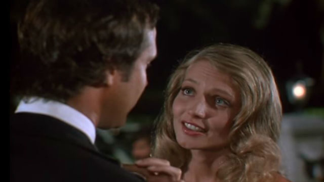 Cindy Morgan Height Weight Shoe Size Body Measurements