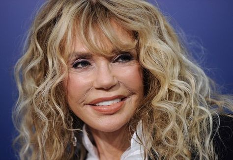 Dyan Cannon Height Weight Shoe Size Body Measurements