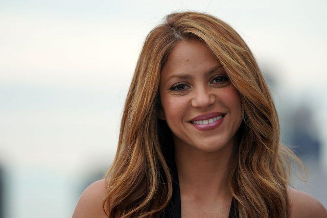 Shakira Height Weight Shoe Size Body Measurements